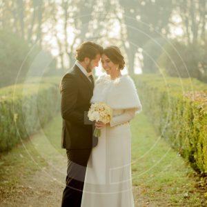 etola-ślubna-biała