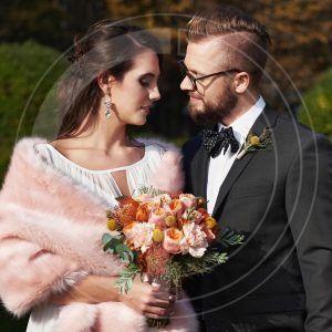 szal-ślubny-różowy